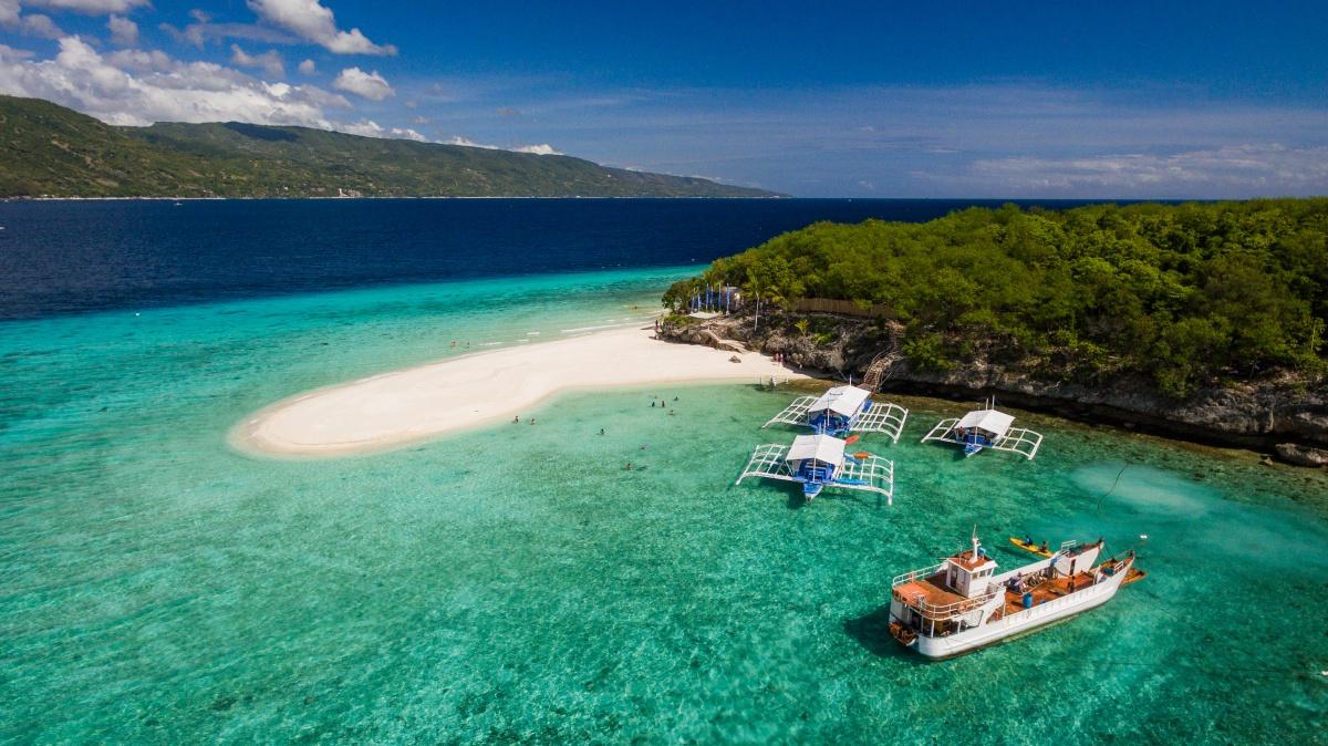 Philippines Cebu Sumilon Island Ashutterstock 604322060