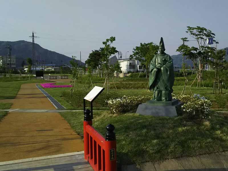 深草少将の像