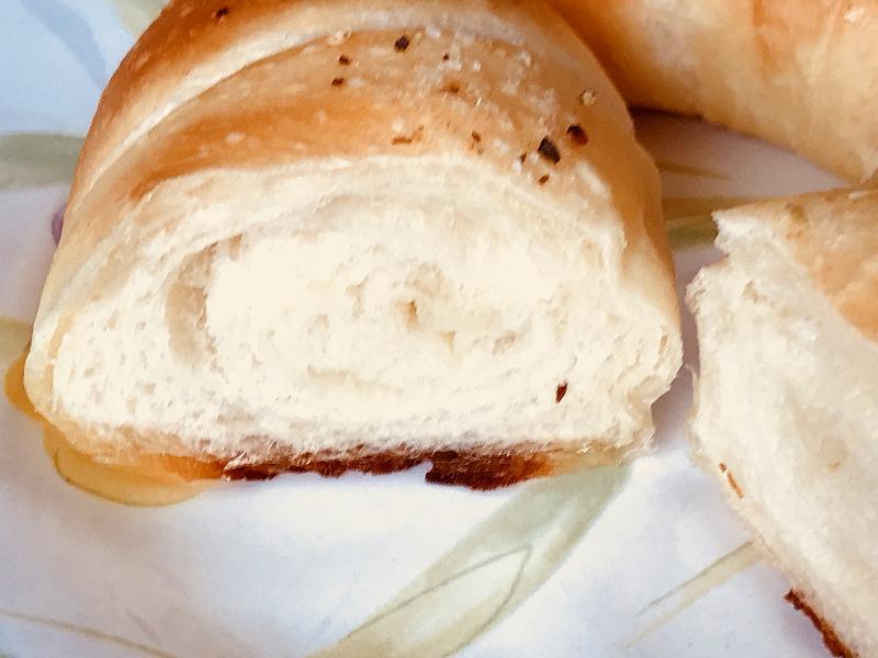 ばーすでいの塩パン