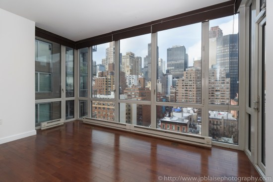 Apartment Photographer New York photoshoot one bedroom condo unit Midtown East ny nyc view