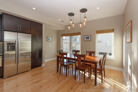 Apartment-Photography-session-house-in-Philadelphia-kitchen (3)