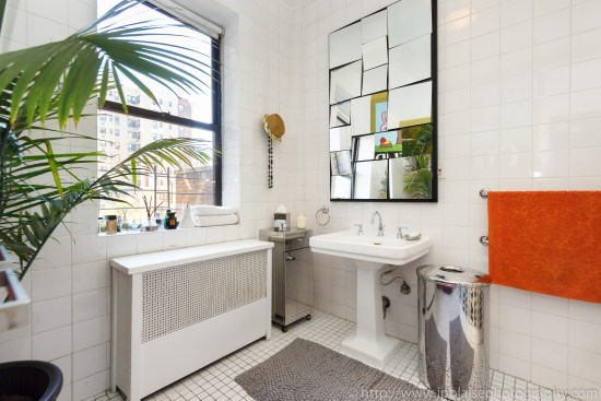 apartment photographer new york city upper west side bathroom