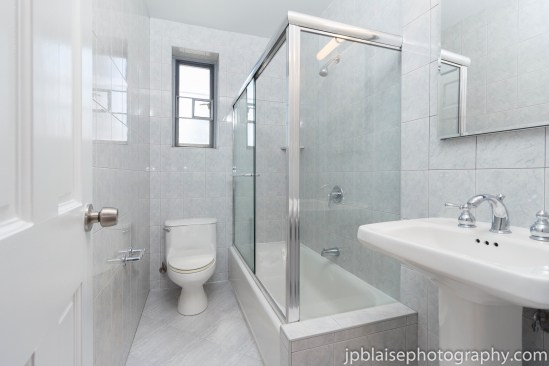 Forest hills real estate photographer interior apartment queens bathroom
