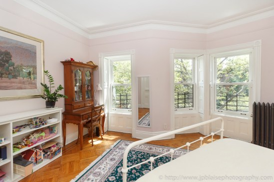 NY apartment photographer townhouse real estate park slope brooklyn new york interior bedroom