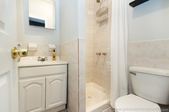 nyc apartment photographer two bedroom clinton hill brooklyn bathroom