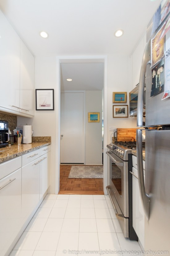 New York City apartment photographer one bedroom Midtown NYC-kitchen