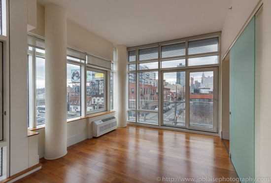 Interior photographer work : Living room in Long Island City condo