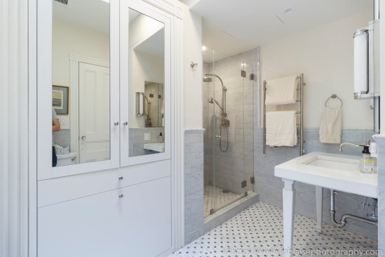 Real estate interior apartment photographer brooklyn park slope new york ny bathroom