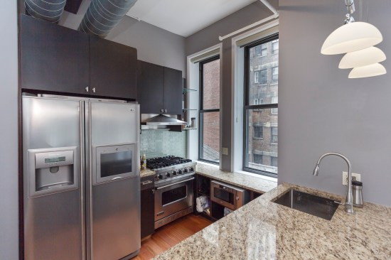 apartment photographer new york ny nyc real estate interior photography chelsea one bedroom kitchen