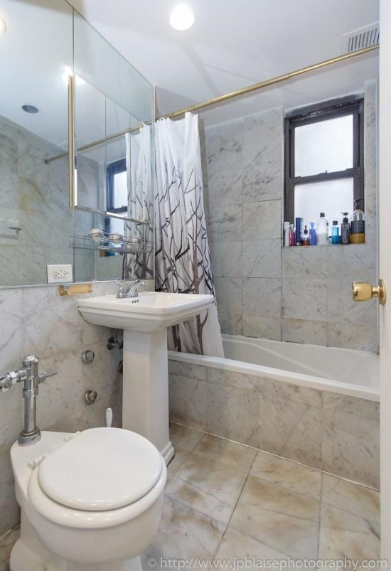 bathroom-ny-apartment-photographer-work-midtown-east