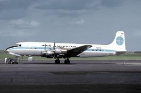 Douglas_DC-6B,_N6117C,_Pan_American_World_Airways