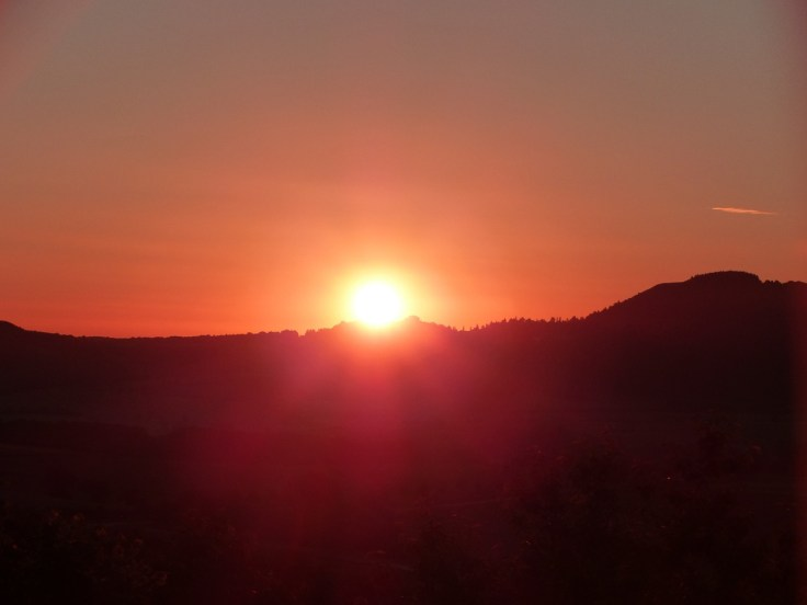 summer-solstice-1474745_1280