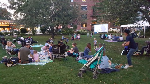 Families and friends join us for Beetlejuice, at our last Screen on the Green. Sponsored by The Meeting Point.