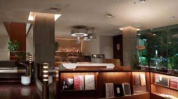 claska-hotel-lobby.jpg