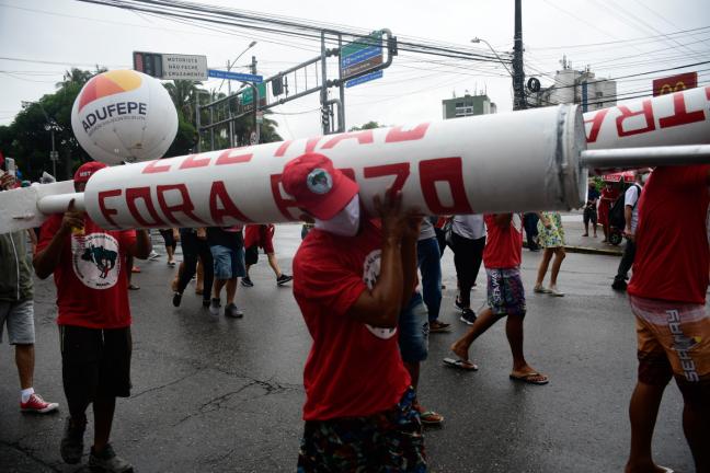 Protesto em Recife contra o governo Bolsonaro