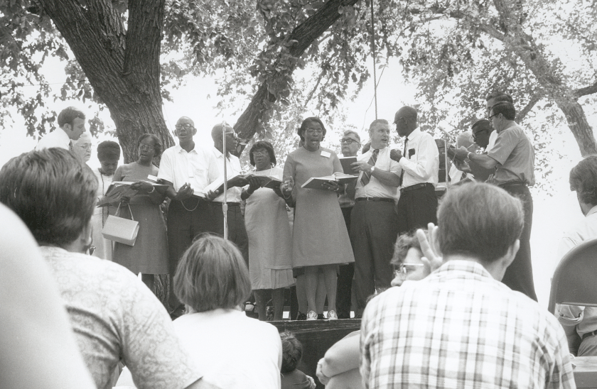 Festival organizers invited black and white groups of Sacred Harp singers to sing together at the 1970 Smithsonian Festival of American Folklife in Washington, DC. Photograph by Joe Dan Boyd, courtesy of the Alabama Council for Traditional Arts.