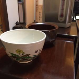 建水と替茶碗.JPG