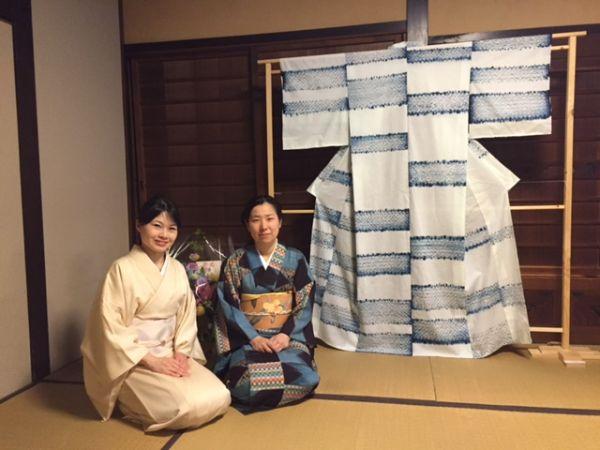京都・向日市 伝統ある中小路家住宅で、染色&漫画の個展