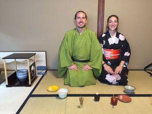 着物を着て茶道体験