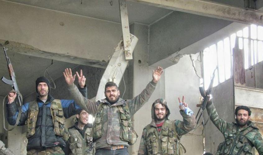 الجيش يوسع عملياته العسكرية ويسيطر على قرية كوكب بريف حماه الشمالي