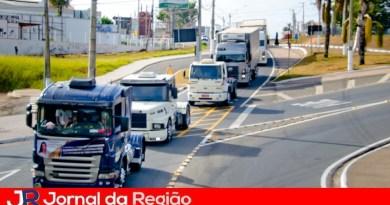 Governo aumenta frete para tentar evitar greve de caminhoneiros