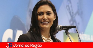 "Michelle Bolsonaro presta queixa no DEIC de ""piadas infames"""