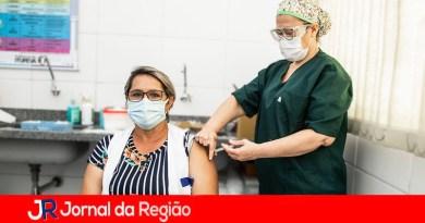Itupeva já imunizou 260 profissionais de Saúde