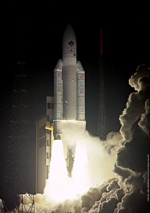 ESA/CNES/ARIANESPACE-Service Optique CSG, 2004
