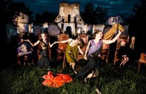 Gardzienice08_Dance_ruins