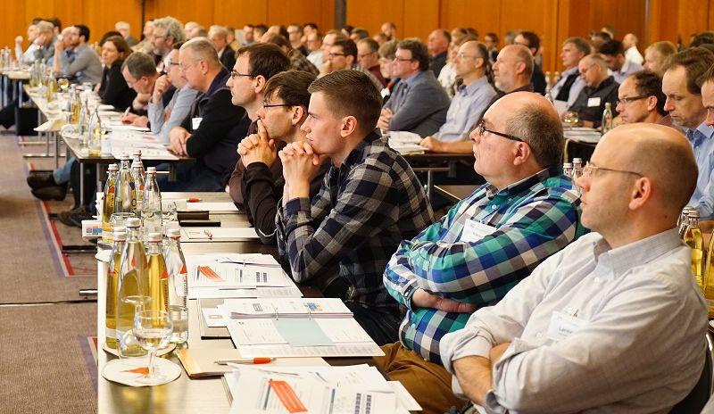 Rund 200 Leute kamen beim DEC 2016 in Weimar zusammen. Fortsetzung 2017 in Heidelberg…