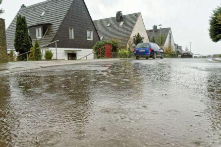 Starkregenereignisse als Folge des Klimawandels: Wohin mit den Wassermassen? (Quelle: IKT)