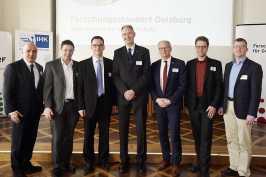 Dr. Stefan Dietzfelbinger (Hauptgeschäftsführer der IHK Duisburg), Stephan Haupt, MdL (FDP), Prof. Dr. Dieter Bathen (Vorstandsvorsitzender der JRF), Prof. Dr. Ulrich Radtke (Rektor der Universität Duisburg-Essen), Dr. Stefan Haep (IUTA), Dr. Peter Beckhaus (ZBT), Dr. Rupert Henn (DST)