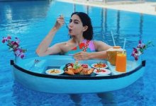 Sara Ali Khan shared pics of herself enjoying a floating breakfast throughout her Maldives vacay, READ