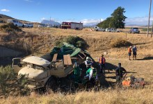 News24.com | Western Cape government bid to reduce number of farmworkers ferried on lorries after crashes
