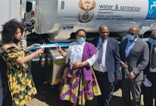 News24.com | Govt cuts ties with 'corrupt' water trucking service providers