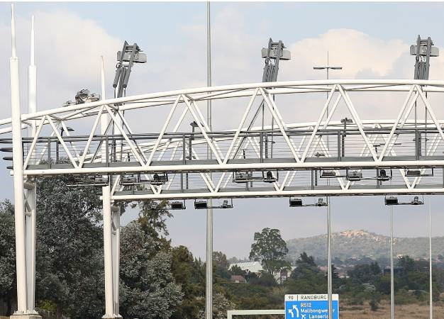 News24.com | Remember e-tolls? Gauteng govt calls for scrapping it 'once and for all'