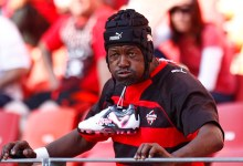 News24.com | Tributes pour in as Southern Kings super fan, unofficial mascot 'Ezee Fana' dies