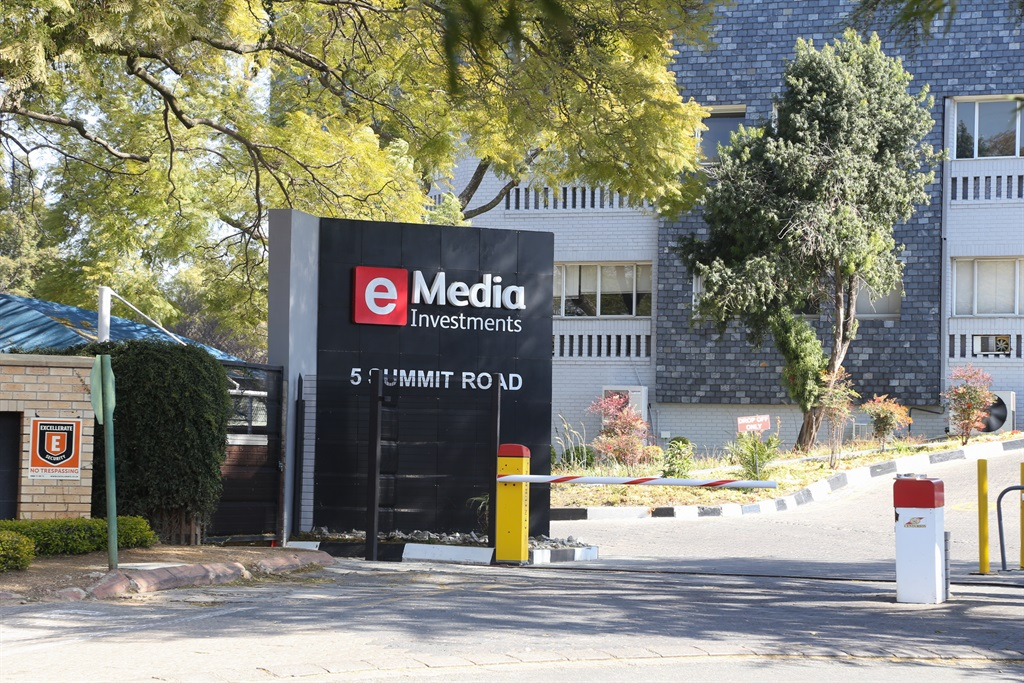 News24.com | ENCA journalist apologises for the disrespect caused by masks debacle