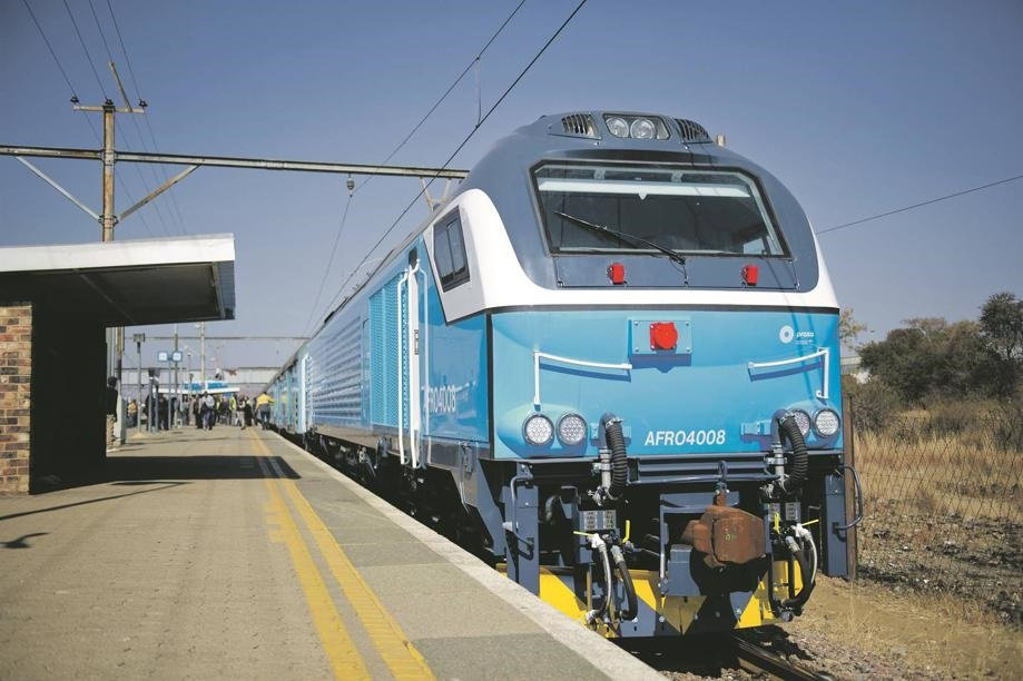 News24.com | Cabinet names permanent CEOs for struggling Prasa and Post Office