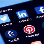फेसबुक-ट्विटर पर सख्ती:IT मंत्री ने कहा-अलग नियम मंजूर नहीं, हमारे कानून मानने ही होंगे