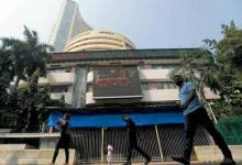 Sensex tumbles over 500 points in early trade
