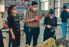 गुजरात: सूरत में एक डॉक्टर दंपति सैकड़ों कोरोना मरीजों का दिन-रात कर रहे हैं मुफ्त इलाज