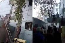 UP: कानपुर के कार्डियोलॉजी अस्पताल में आग, हड़कंप के बीच शीशे तोड़ बाहर निकाले गए मरीज