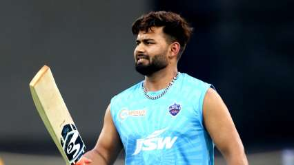 World Test Championship: Rishabh Pant's new way to stay active indoors goes VIRAL, watch