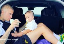 Justin Bieber shows off his parenting skills in cute clip, fans demand for 'Bieber baby'