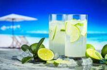गर्मी में पीते हैं अगर ज्यादा नींबू पानी तो हो जाएं सावधान, हो सकती हैं ये स्वास्थ्य परेशानियां