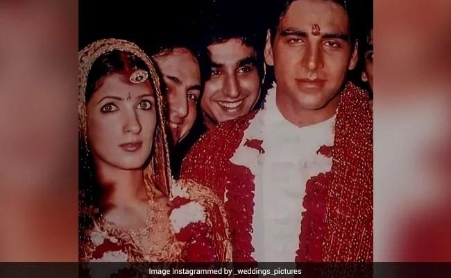शादी के 20 साल बाद अक्षय कुमार और ट्विंकल खन्ना की शादी की तस्वीरें वायरल, फेमस डिजाइनर के घर हुई थी शादी