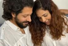नीति मोहन और निहार पांड्या ने अपने बेटे की पहली तस्वीर साझा की और उनके नाम की घोषणा की