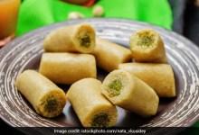 Raksha Bandhan 2021: इस रक्षा बंधन घर पर बनाएं बाजार जैसे काजू-पिस्ता रोल, यहां है रेसिपी