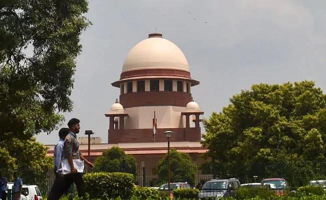 Pegasus Scandal: बंगाल सरकार ने SC में दाखिल किया हलफनामा, न्यायिक आयोग के गठन को जायज़ ठहराया